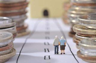 老後のお金はどう使う?絶対にかかるお金と趣味に使えるお金のバランス