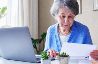 高年齢求職者給付金とは?条件や申請方法を解説